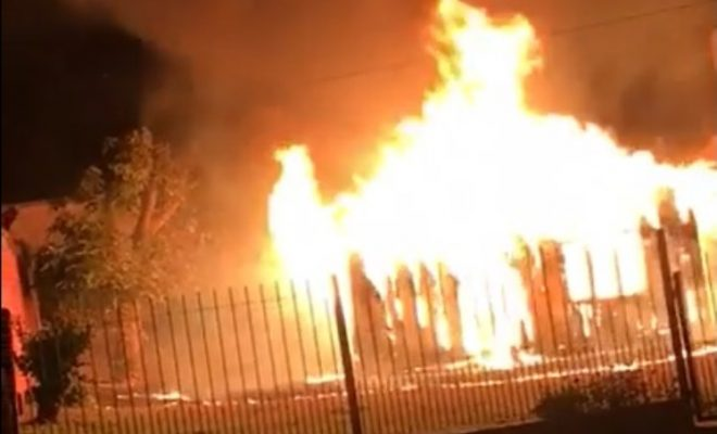 Incendio consumió por completo una vivienda por Tomás Guido