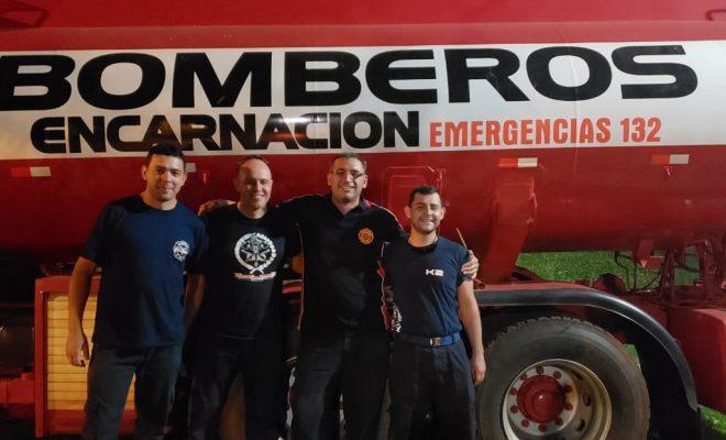 Bomberos se capacitaron en rescate extremo e incendio vehicular