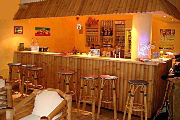 Made In Alem: muebles, cerramientos y paneles para viviendas hechos 100% con bambú