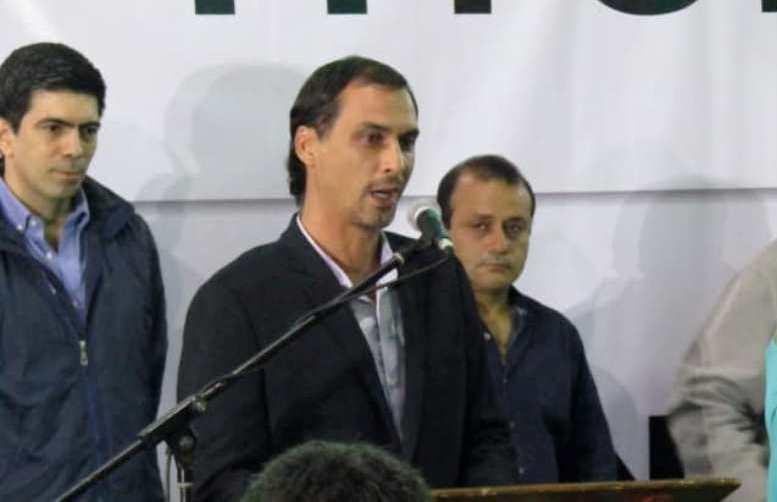 """El intendente de Gobernador López trató de """"Pirañas"""" a sus seguidores"""