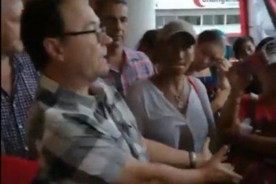 Organizaciones sociales increparon al intendente de Alem (video)