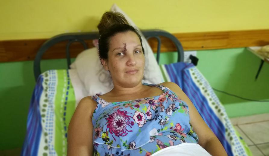 Embarazada de 7 meses terminó hospitalizada por brutal golpiza (video)