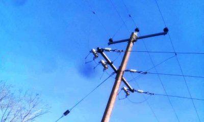 Un electrocutado en grave estado colocando líneas para Internet,Alem,Noticias